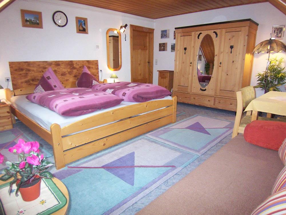 Doppelzimmer von Sonjas Pension im Erzgebirge